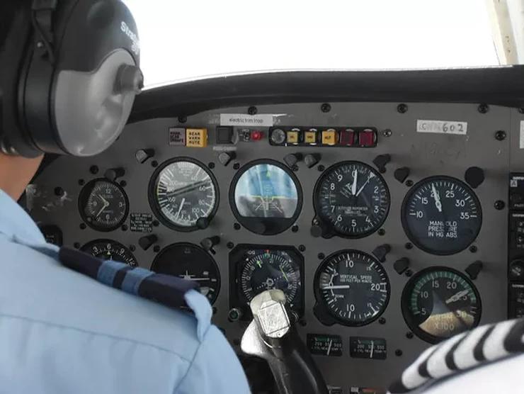 aircraft alalog meters