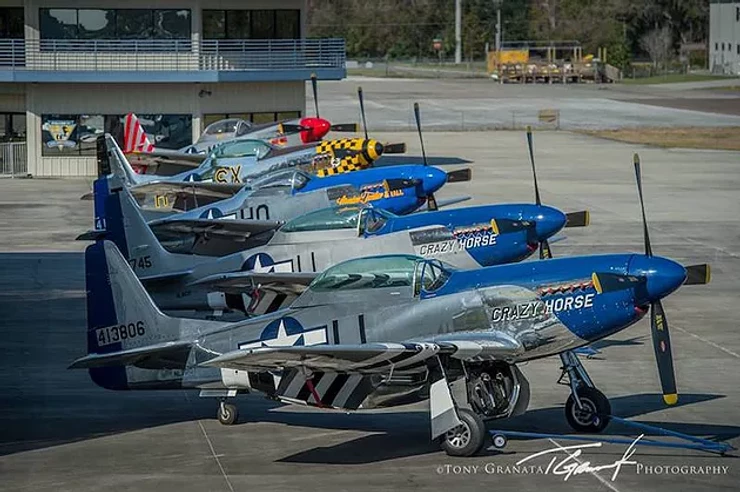 Aircraft series in row